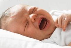 Колики у новорожденных