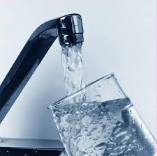Вода содержит 0 калорий